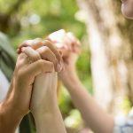 Stres przed niechcianą ciążą – jak pomóc Partnerce